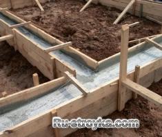 Особенности строительства фундаментов и возведение цоколей