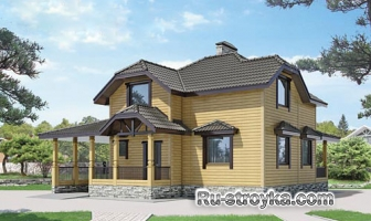 Просторный деревянный дом