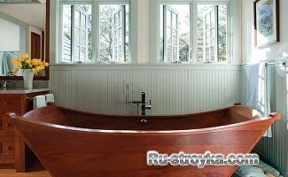 Ванна из дерева.
