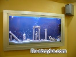 Деталь интерьера: конструкции аквариумов
