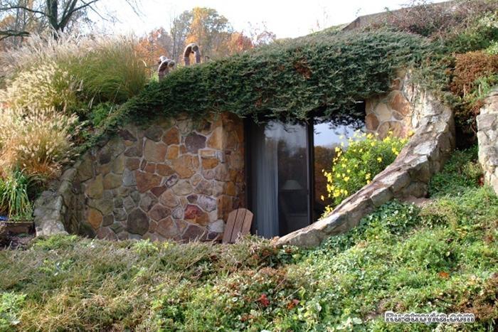 Смотреть как сделать дом под землёй