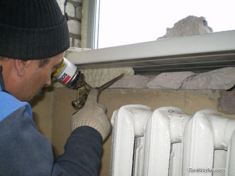 Утепление окон своими руками на зиму: материал, средства и с.