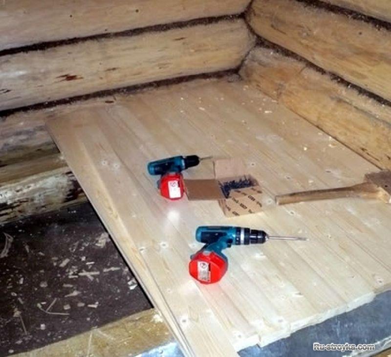 Теплый деревянный пол в доТент для лодЕлочные