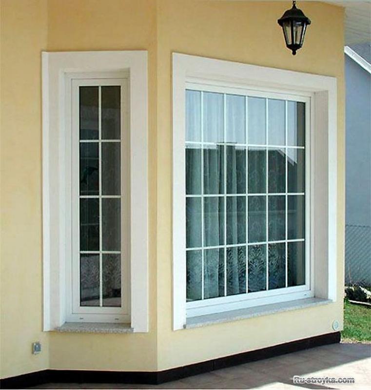 Пластиковые окна с декоративной решеткой