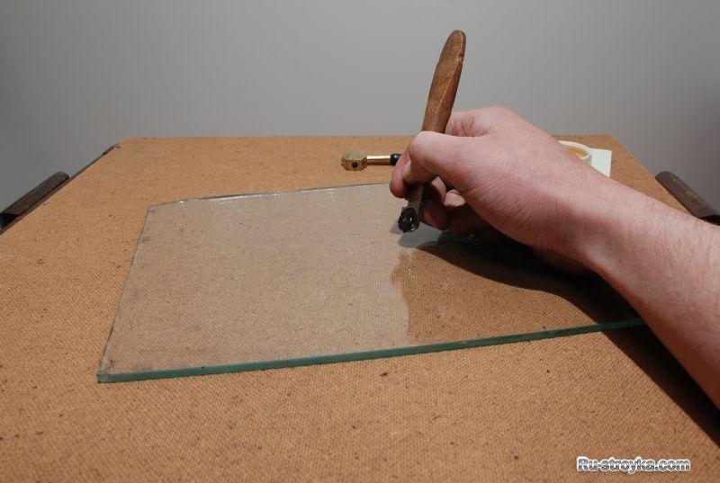 Как резать закаленное стекла в домашних условиях 810