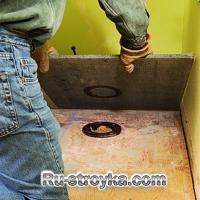 3. В полу могут существовать отверстия под канализацию и водопровод.  Чтобы у нас лист ЦСП совпал с существующим...