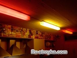 Делаем цветную люминесцентную лампу.