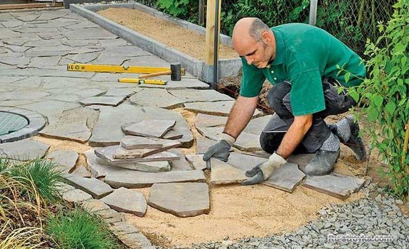 Мощение дорожки из природного камня своими руками 21