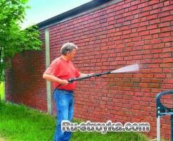 Гидроизоляция швов в кирпичной стене.