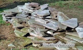 Садовая дорожка из природного камня.
