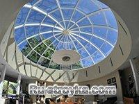 Стеклянная крыша: особенности конструкции
